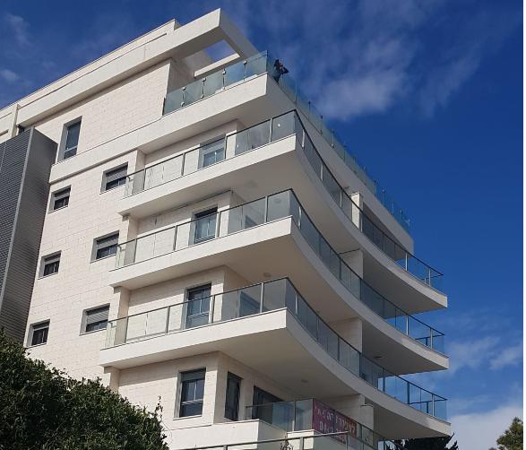 שובל מתחמי מגורים: החל אכלוס הבניין היוקרתי ברחוב אהוד 17 בחיפה. צילום: שרית נס