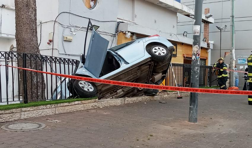 זירת התאונה בקרית אתא (צילום: דוברות איחוד הצלה)
