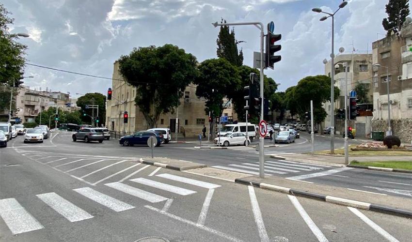 צומת הרחובות גאולה, הפועל וארלוזורוב (צילום: ראובן כהן, דוברות עיריית חיפה)