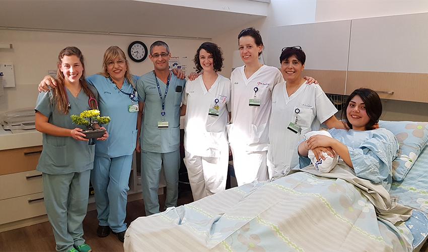 צוות חדר הלידה במרכז הרפואי כרמל (צילום: אלי דדון)