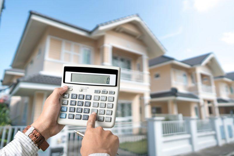 ביטוח רכב וביטוח דירה: הכירו את עידן שירותי ביטוח. תמונה ממאגר Ingimage