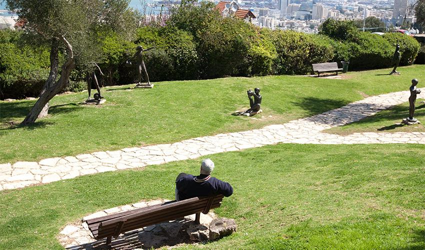 גן הפסלים (צילום: אייל טואג)