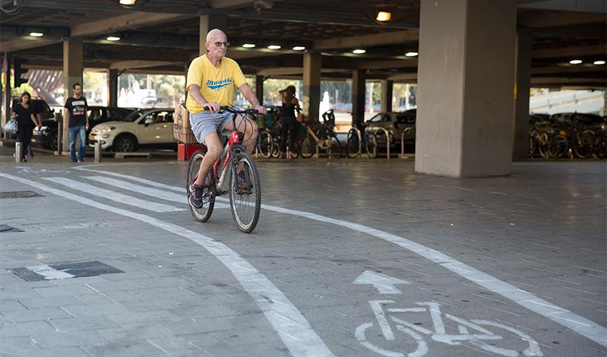 שביל אופניים (צילום: מוטי מילרוד)