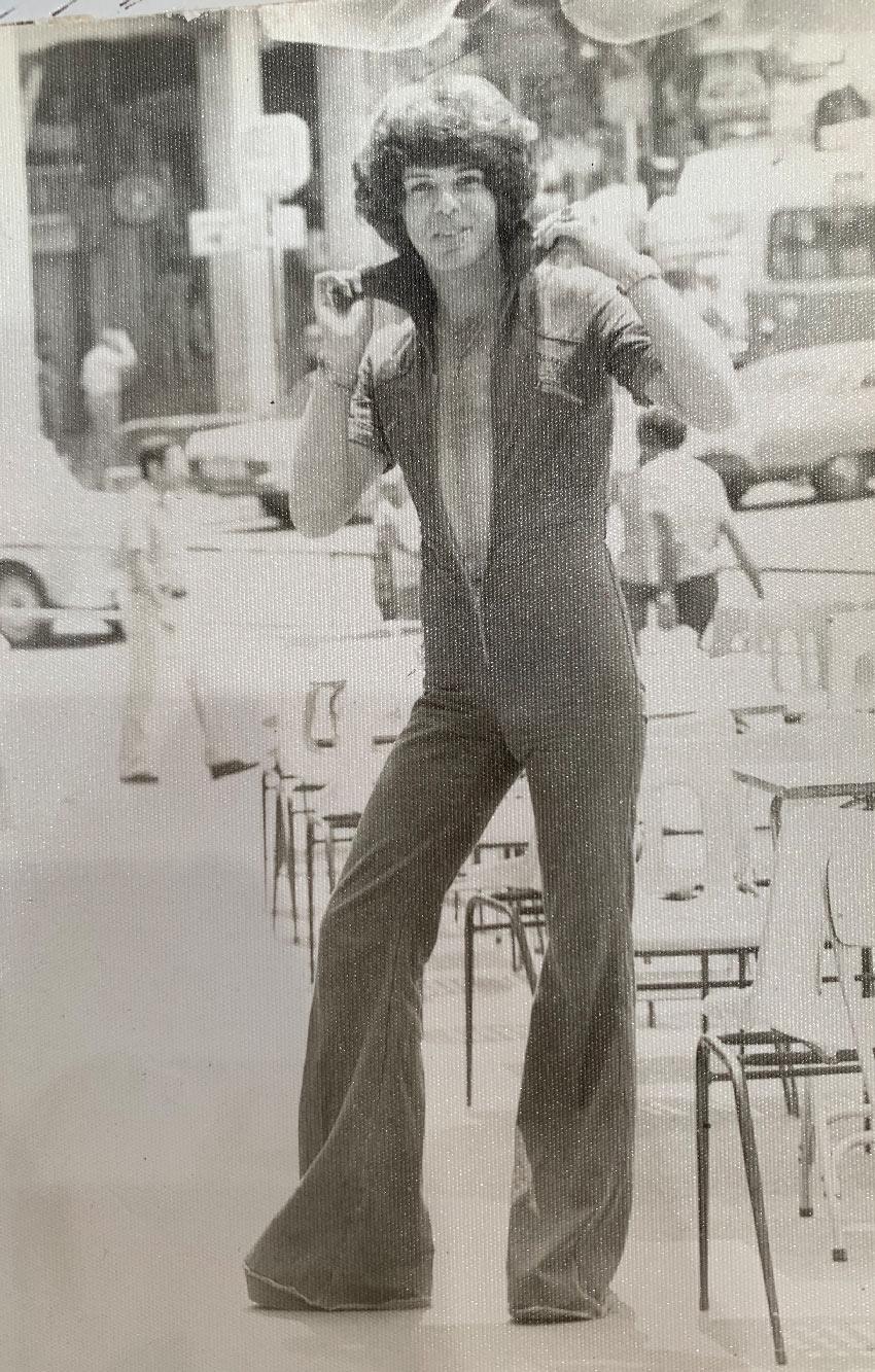 """קוני סבו בצעירותו. """"הייתי סופרסטאר"""" (צילום: חגית הורנשטיין)"""