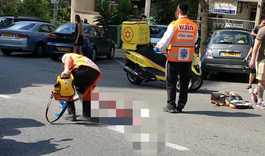 זירת התאונה בדרך יד לבנים (צילום: דוברות איחוד הצלה)