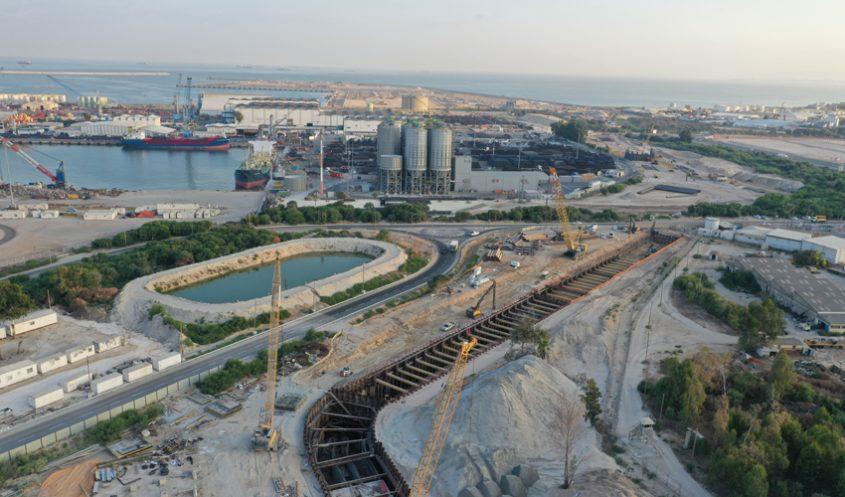 מנהרת התשתיות שנבנית במסגרת פרויקט חיבורי נמל המפרץ (צילום: תאגיד יפה נוף)