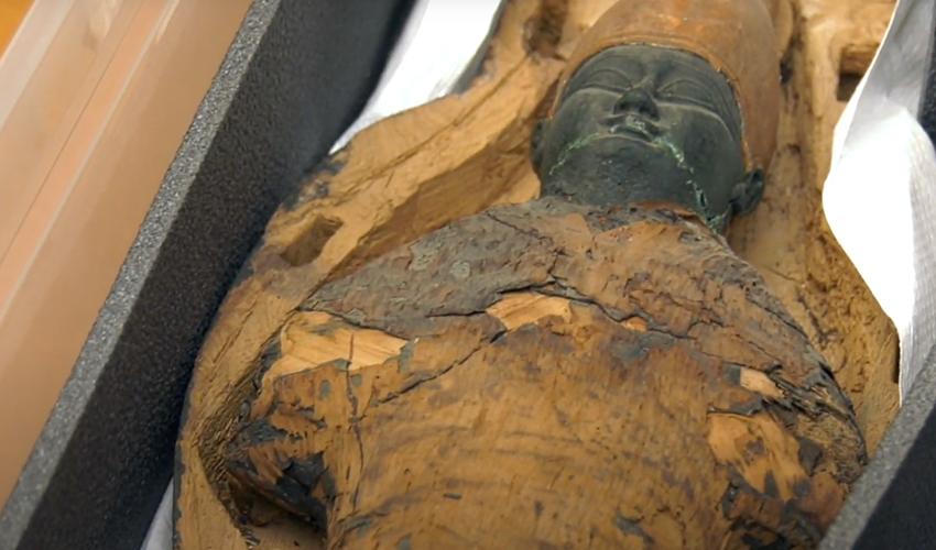 """החנוט שממצאיו עדיין אינם ידועים (צילום: דוברות הקריה הרפואית רמב""""ם)"""