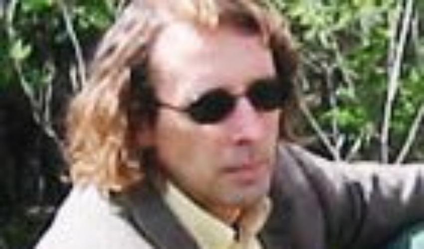 מייק ויגודה (צילום מתוך האתר של מייק'ס פלייס)
