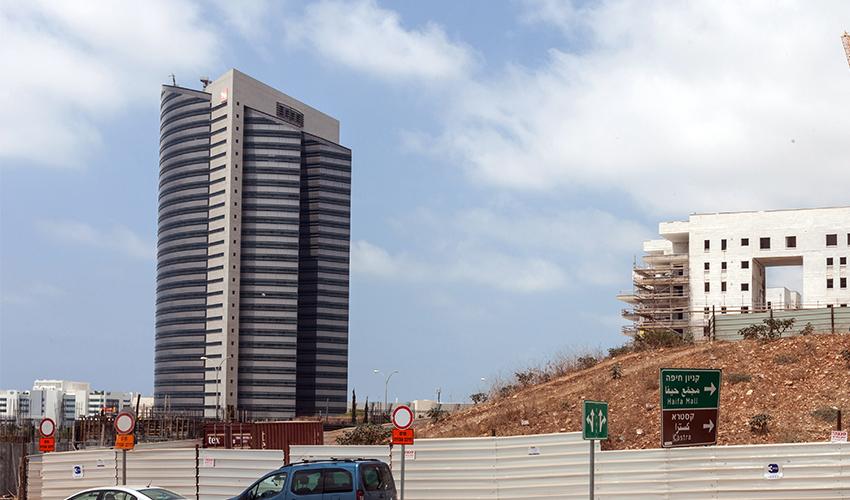 בניין חברת החשמל בחיפה (צילום: אייל טואג)