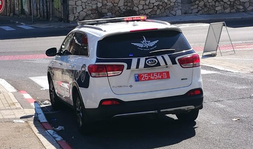 ניידת משטרה (צילום: דוד מגן)