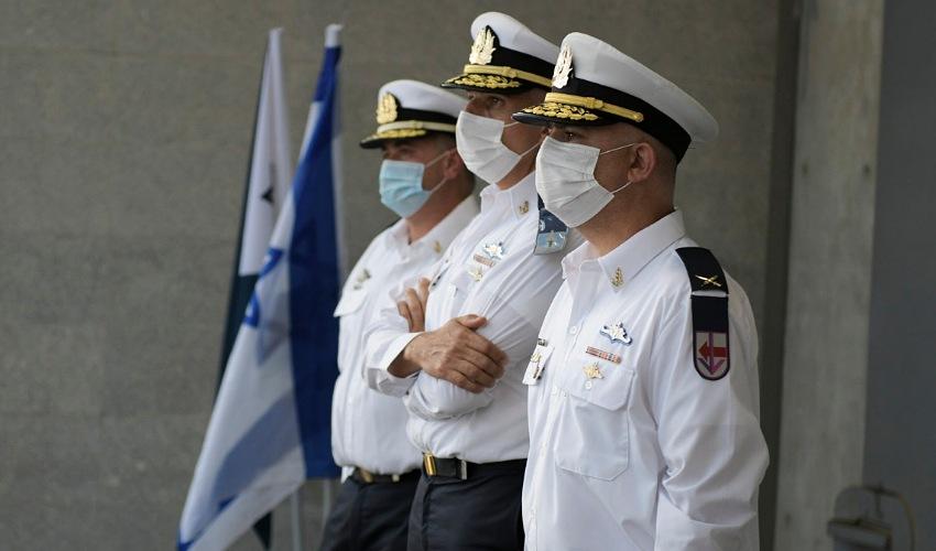 """טקס חילופי המפקדים בבסיס חיפה של זרוע הים (צילום: דובר צה""""ל)"""