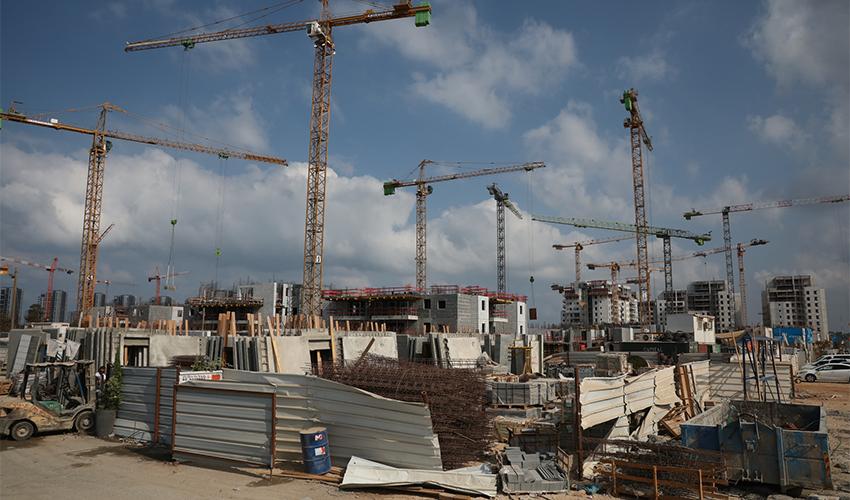 אתר בנייה (צילום: עופר וקנין)