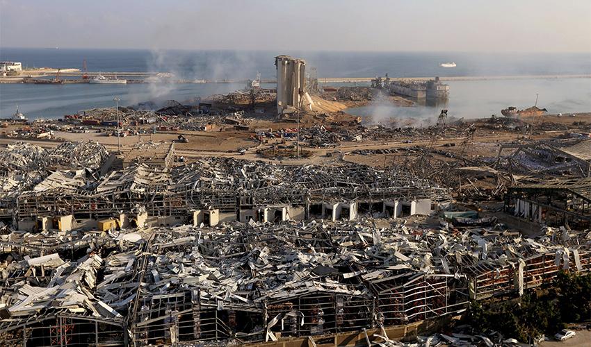 ההרס בביירות (צילום: Mohamad Azakir, Reuters)