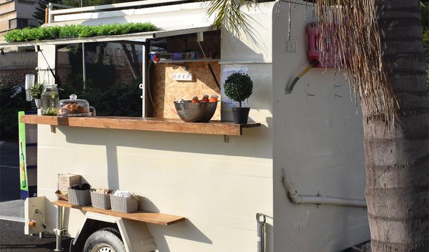 הפודטראק Garden Café (צילום: יובל גורן)