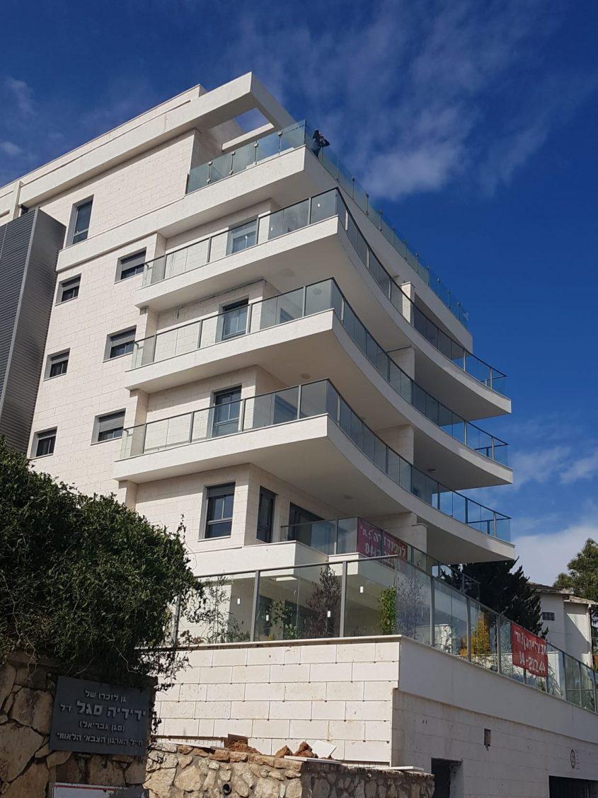 פרויקט היוקרה של חברת שובל מתחמי מגורים בע''מ באהוד 17, חיפה. צילום: שרית נס
