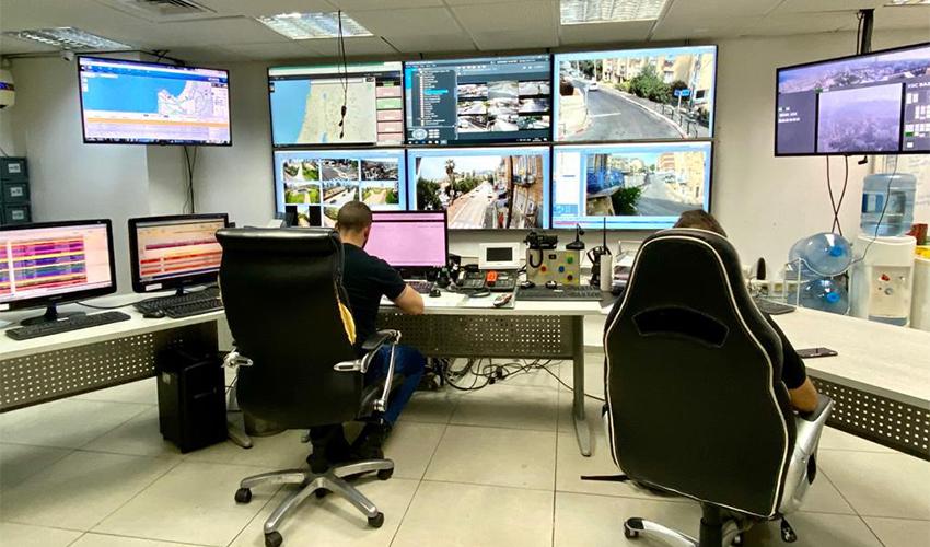 המוקד המבצעי של עיריית חיפה (צילום: ראובן כהן, דוברות עיריית חיפה)