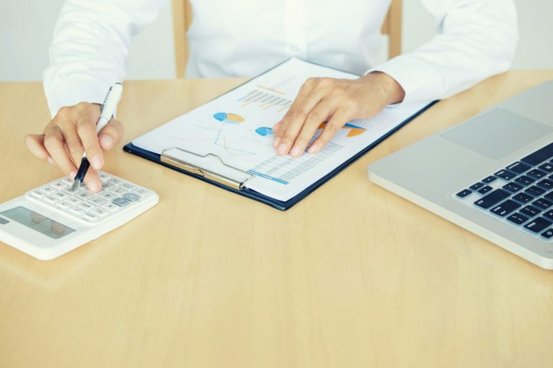 רואת חשבון בחיפה: אילנה רוזין-אילוז תעזור לכם להגיע להחלטות עסקיות טובות. צילום: מאגר התמונות ingimage