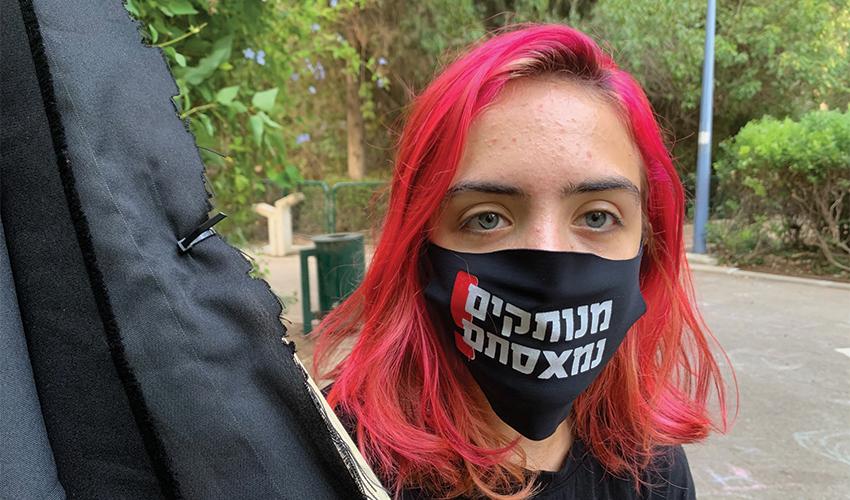 """גאיה דן. """"ישראל אכלה חרא בשנותיה הקצרות, ועכשיו היא גם אוכלת חרא"""" (צילום: חגית הורנשטיין)"""