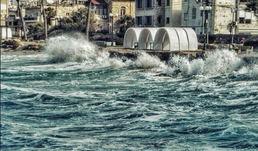 הקשתות בחוף בת גלים (צילום: לריסה טנדלר)
