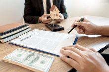 עורך דין ניר אביבי: ממה צריך להזהר לפני קניית דירה? צילום: מאגר התמונות ingimage