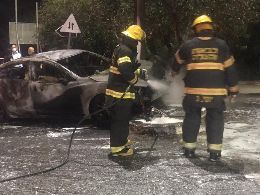 זירת התאונה סמוך לאוניברסיטת חיפה (צילום: דוברות שירותי הכבאות וההצלה)