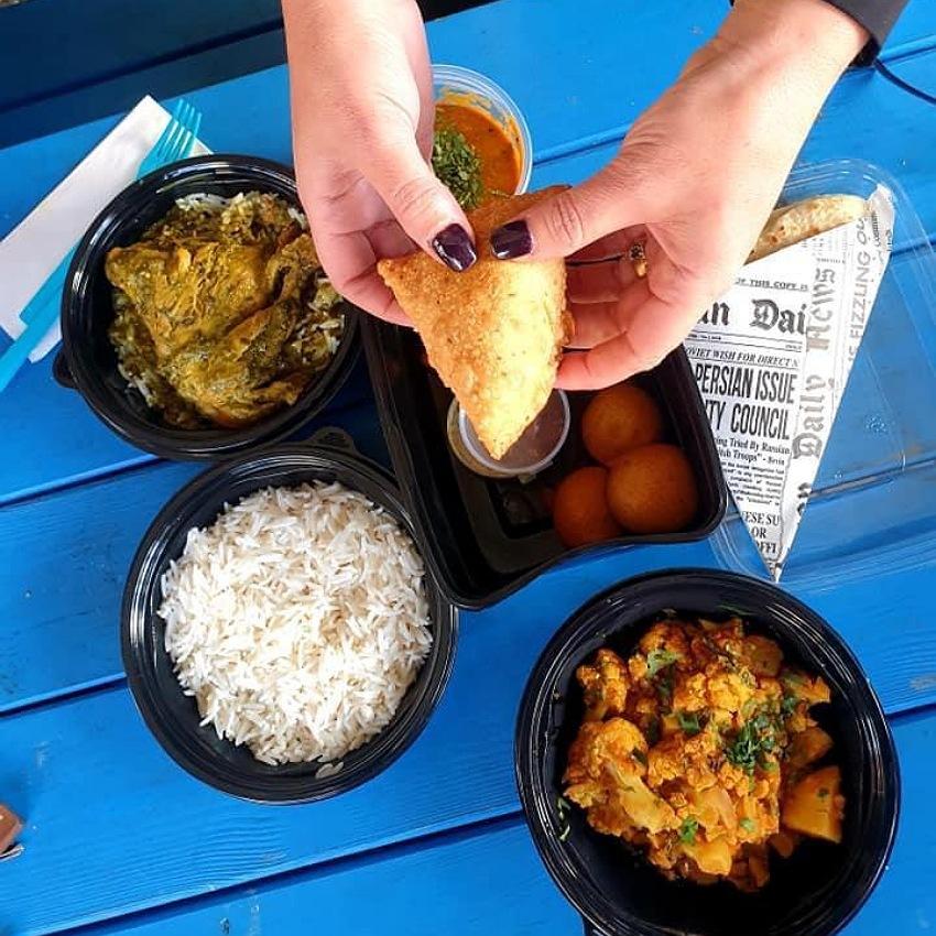 אוכל הודי בפאב העוגן (צילום: מירב דותן סלע)