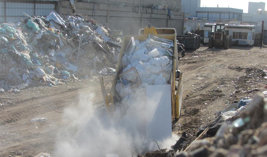 הפסולת בתחנת המעבר הפיראטית (צילום: המשטרה הירוקה במשרד להגנת הסביבה)