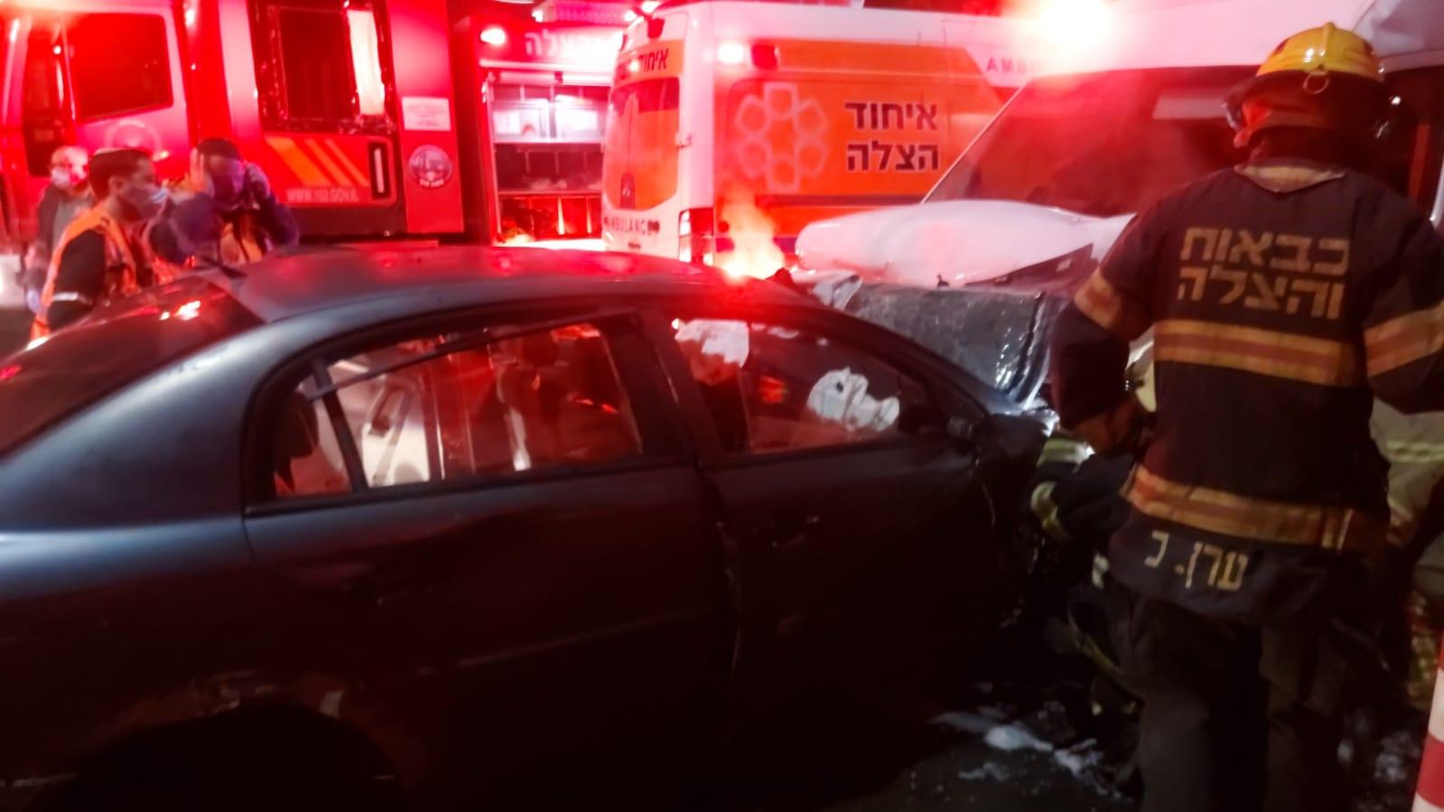 זירת התאונה בקרית מוצקין (צילום: דוברות איחוד הצלה)