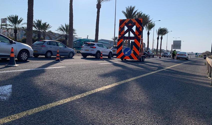 המחסום ביציאה הדרומית מחיפה (צילום: חגית הורנשטיין)