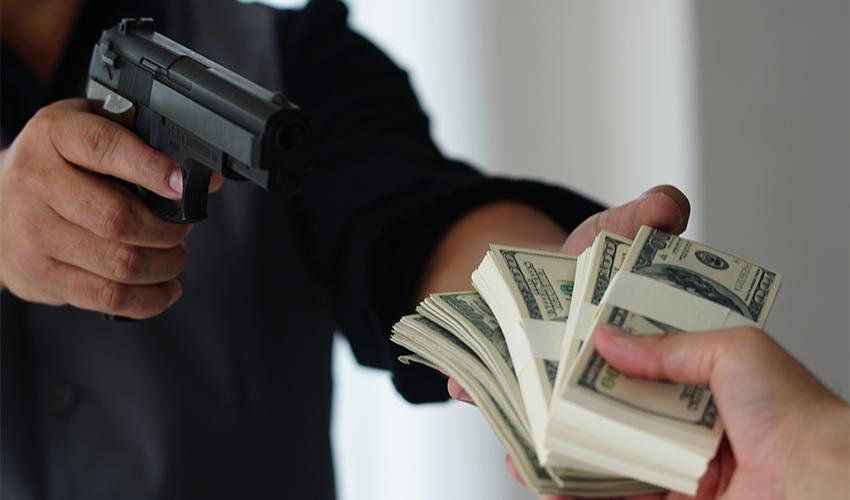 שוד בנק (צילום: shutterstock.com/Barock)