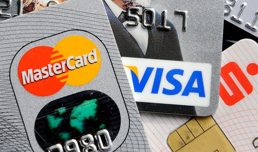 כרטיסי אשראי (צילום: Martin Meissner, AP)