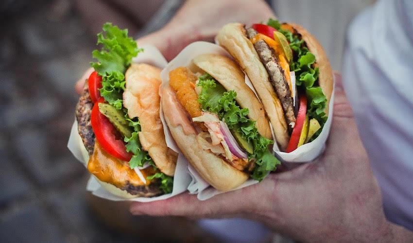ההמבורגרים החדשים של ברדא (צילום: יעלי גבריאלי)