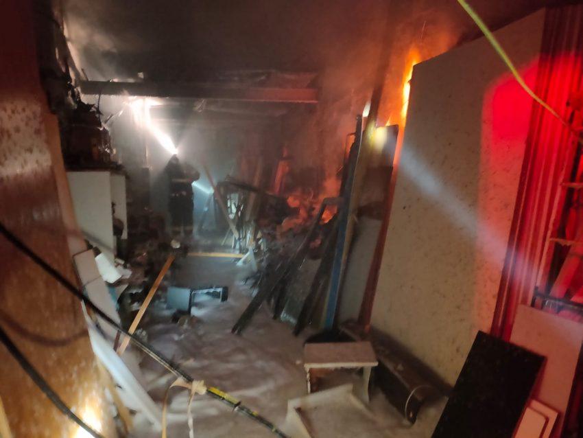 השריפה בנגרייה (צילום: דוברות שירותי הכבאות וההצלה)