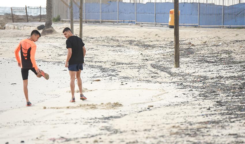 זפת בחופים (צילום: רמי שלוש)