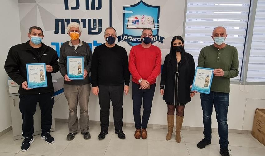 ציון שטרית, סיון בניסטי, ליאור טרגן, אלי דוקורסקי, ראש העיר ורוני סרולוביץ' (צילום: דוברות העירייה)