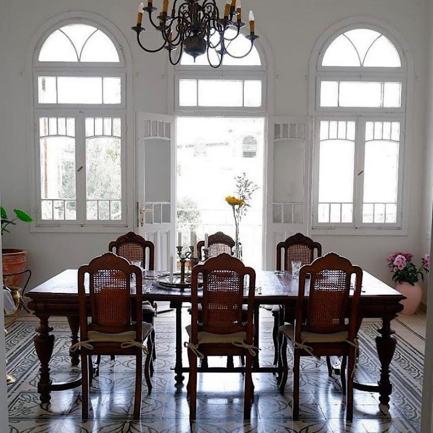 חדר האוכל (צילום מתוך חשבון האינסטגרם של קדוש ופרוע)
