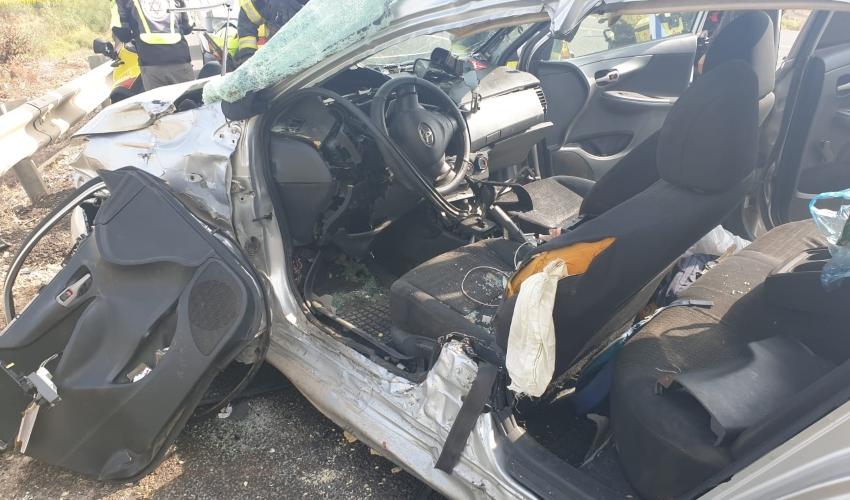 תאונה בכביש 780 סמוך לקרית אתא (צילום: דוברות כבאות והצלה - מחוז חוף)