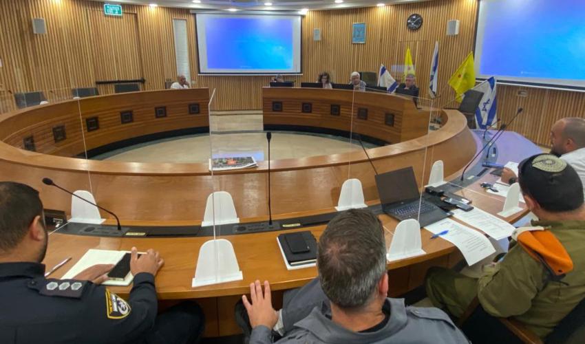"""ישיבת מל""""ח בעיריית קרית מוצקין (צילום: דוברות העירייה)"""