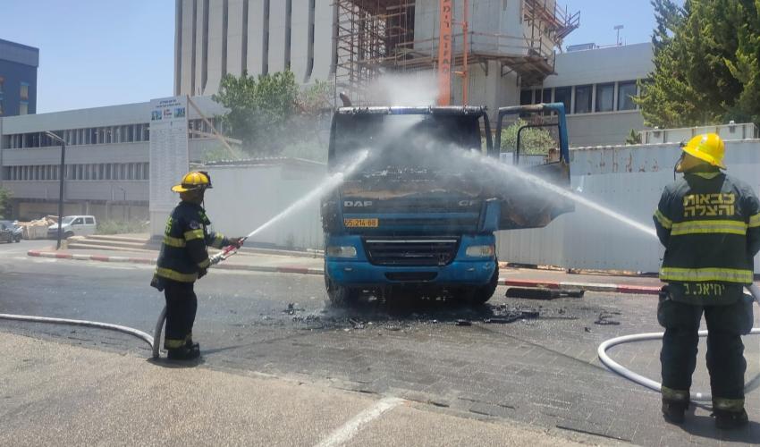 מערבל בטון עלה באש בטכניון (צילום: דוברות כבאות והצלה)