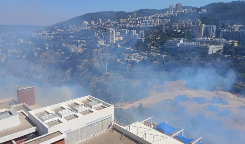 השריפה הגדולה בנווה שאנן (צילום: דוברות איחוד הצלה)
