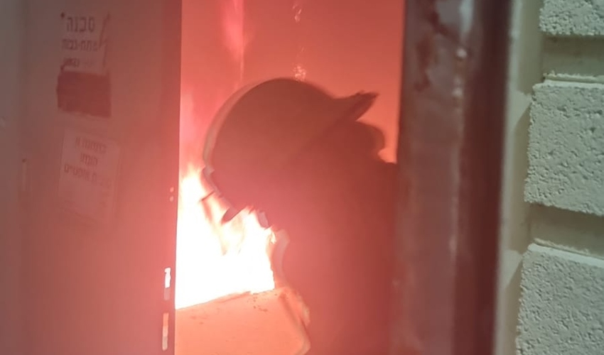 """שריפה בחדר חשמל במ""""ם (צילום: דוברות כבאות והצלה מחוז חוף)"""