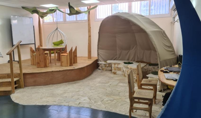 סביבות למידה חדשניות בבית הספר טשרניחובסקי (צילום: בית הספר טשרניחובסקי)