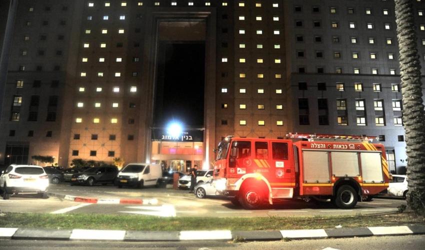 מערכת הבטיחות מנעה שריפה גדולה הערב במלון לאונרדו (צילום: דוברות כבאות והצלה - חוף)