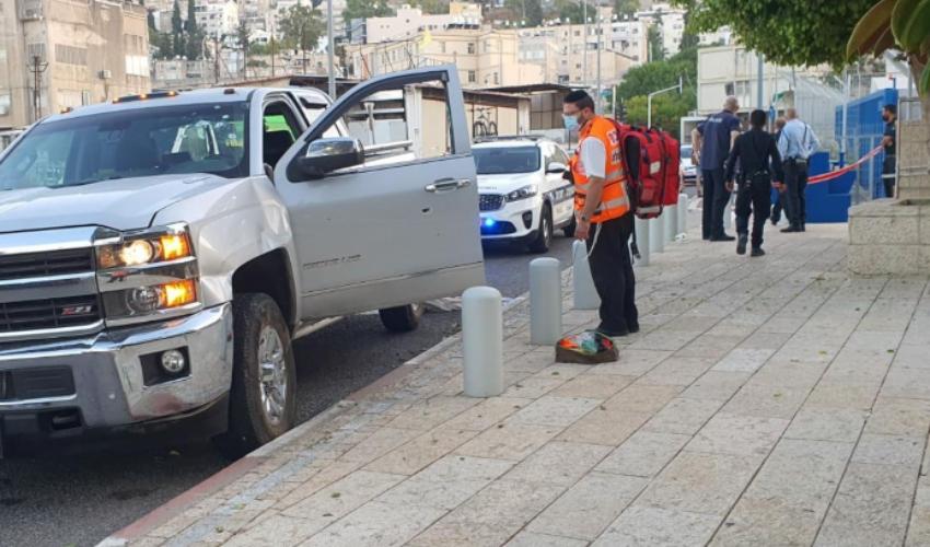 זירת אירוע הירי ברחוב נתן אלבז (צילום: דוברות איחוד הצלה)