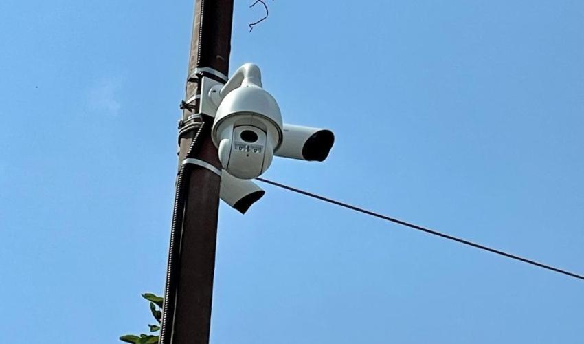 מצלמות אבטחה בשכונת חליסה (צילום: ראובן כהן, דוברות עיריית חיפה)