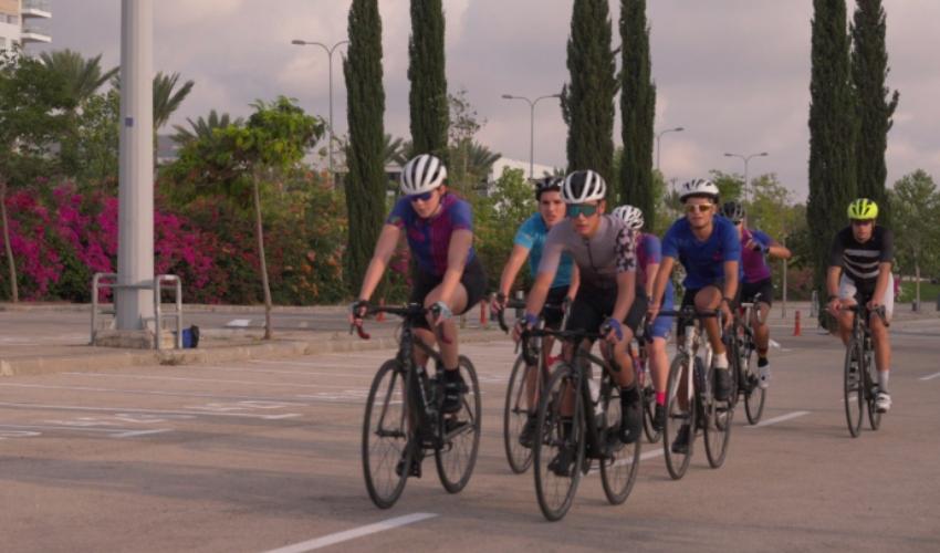 מסלול אופניים בסמי עופר (צילום: אלדד אלוני)