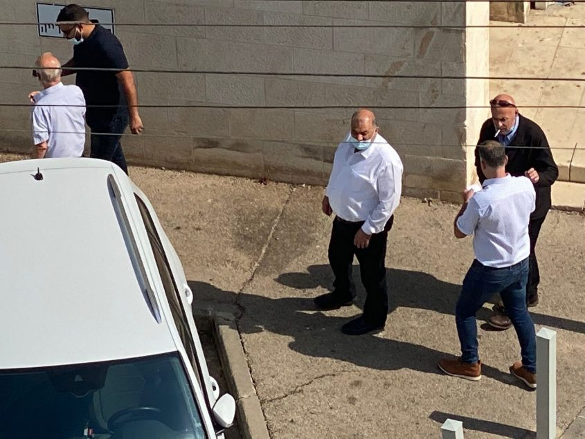 עבאס וגנאים מגיעים לעיריית חיפה