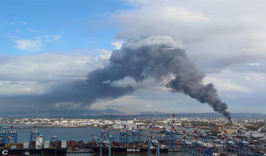 שריפה בבזן (צילום: אילן מלסטר, המשרד להגנת הסביבה)