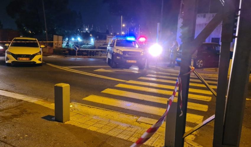 אירוע ירי ברחוב קיבוץ גלויות (צילום: דוברות המשטרה)